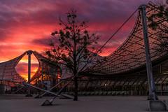 Sonnenuntergang im Olympiapark München (Jutta Achrainer) Tags: achrainerjutta fe24–70mmf28gm münchen olympiapark sonyalpha7riii sunset sonnenuntergang himmel munich olympicpark clouds
