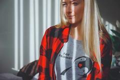 11/365 (2020) (Ell@neese) Tags: winter mood girl woman lithuanian canada tshirt idea creative portrait selfportrait me 365