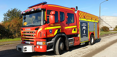 Scania P360 CrewCab - Räddningstjänsten Syd Station: Centrum (Response video in description) - Malmö Kommun (Malmöstad) Tags: scania p360 crewcab räddningstjänsten syd station centrum malmö kommun fire truck brandbil firetruck equipment apparatus feuerwher lkw sweden malmo swedish sverige svensktruck nordic camion lastbil vognmand scandinavia skandinavien scandinavie ambulance police department blue red yellow lights rescue emergency response