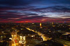 Sunset over Munich (Stefan Markus) Tags: münchen munich bayern bavaria deutschland germany fuji fujix100f fujifilm fujifilmx100f alterpeter stpeter abend evening sonnenuntergang sunset stadt city outside night light licht nacht longexposure lowlight sonne sun new neu