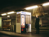 20200109-055 (sulamith.sallmann) Tags: menschen technik verkehr automat bahnhof candidshot fotoautomat haltestelle people photoautomat sbahnhof sulamithsallmann