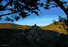 Turruncún (kirru11) Tags: puebloabandonado naturaleza ruinas paraje monte árboles ramas turruncún larioja españa kirru11 anaechebarria canonpowershot