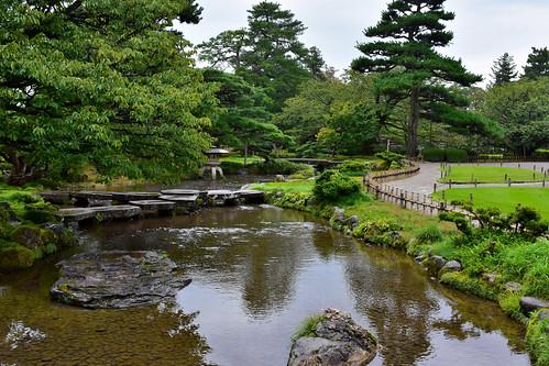Gankobashi (Flying Geese Bridge), Kenrokuen Garden, Kanazawa, Japan