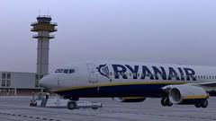 b738 - 2020-01-12 20.16.14 (Rell Brown) Tags: ryanair xp11 xplane b737 b738 737ng 737800 eastern southwest