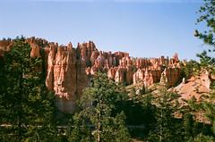 hoodoos (szmenazsófi) Tags: smenasymbol lomo smena analog analogue film 35mm brycecanyon brycecanyonnationalpark hoodoo hoodoos canyon usa america utah explored explore inexplore