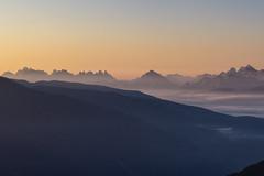 Prime luci sulle Dolomiti (cesco.pb) Tags: valleaurina speikboden dolomiten dolomiti dolomites alps altoadige alpi italia italy dawn sunrise canon canoneos60d tamronsp1750mmf28xrdiiivcld montagna mountains