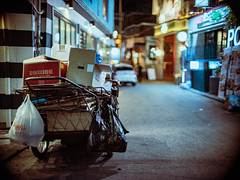 2234/1746'z (june1777) Tags: snap street alley seoul night light bokeh fujifilm gfx 50r canon ef 50mm f10 1600 hongdae adcn vin9