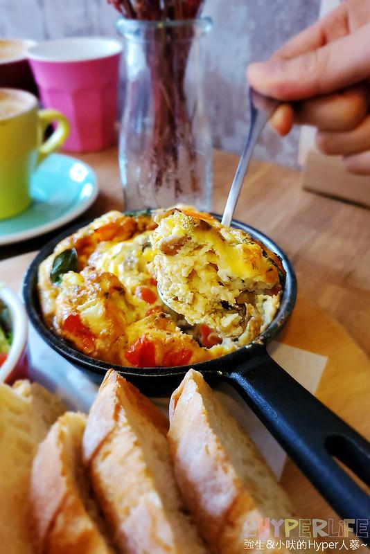 49378990663 fdec2588c7 c - 帶點小酒館風格的澳式早午餐,Juggler cafe餐點食材和口味有花心思,早午餐控覺得很可以!
