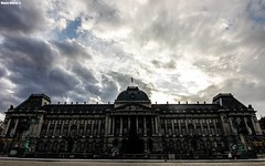 A Home for Royalty (Mauro Hilário) Tags: city brussels belgium sky monument building architecture beautiful clouds travel palace royal historic wide