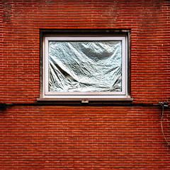 IMG_2365.JPG (esintu) Tags: wall window foil brick gent ghent belgium