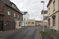 Beuel (Tim Boric) Tags: beuel paulusstrasse straat street