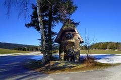 Kapelle an der Strassenkreuzung (Mariandl48) Tags: kapelle strassenkreuzung falkenstein fischbach steiermark austria