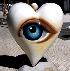 Eye of the Heart - Buenos Aires 2006 (ericy202) Tags: travel archives heart street painted eye buenos aires 2006