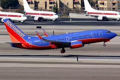 Southwest Airlines | Boeing 737-700 | N960WN | Las Vegas McCarran (Dennis HKG) Tags: aircraft airplane airport plane planespotting canon 7d 100400 lasvegas mccarran klas las southwest southwestairlines swa wn n960wn boeing 737 737700 boeing737 boeing737700