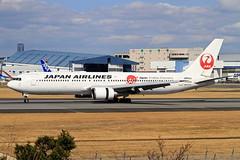 JA614J Japan Airlines  Boeing 767-346/ER (阿樺樺) Tags: ja614j japanairlines boeing 767346er