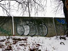 Graffiti in Bratislava 2019 (kami68k [Graz]) Tags: bratislava 2019 graffiti illegal bombing chrome throwup throw up kix