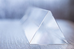 triangle HMM (Dotsy McCurly) Tags: macromondays triangle hmm happymacromonday crystal prism macro canoneos80d efs35mmf28macroisstm