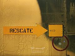 Rescate (Gallo Quirico) Tags: abstracto avión texturas muesodelaire abstract textures abstracción abstractarealidad olympus zuiko e500 40150mm