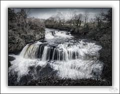Photo of Bonnington Linn Waterfall