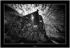 Abandoned, Isla de La Palma (Bartonio) Tags: bw canaryislands ir islascanarias lapalma sonya7 sonya7ir abandonado abandoned blanconegro infrared laowa1018mm45 modified