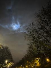 By night... (DavidB1977) Tags: nuit night lune moon apple iphone 11