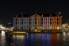 Oosterdok - Amsterdam (Netherlands) (Meteorry) Tags: europe nederland netherlands holland paysbas noordholland amsterdam centrum center centre amsterdamlightfestival alf light lumiã¨re illumination evening soir nuit night winter hiver kunst art disrupt december 2019 meteorry oosterdok scheepvaartmuseum maritimemuseum canalcruise boat colors martinersted theiceismeltingatthepã¸ules pã¸ules laserlight lumière theiceismeltingatthepøules pøules