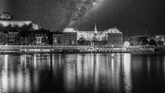 Night - 7970 (✵ΨᗩSᗰIᘉᗴ HᗴᘉS✵90 000 000 THXS) Tags: night sony sonyrx10m3 blackandwhite belgium europa aaa namuroise look photo friends be yasminehens interest eu fr party greatphotographers lanamuroise flickering challenge