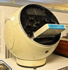 Space Ball (Schwanzus_Longus) Tags: bremen rundfunkmuseum german germany old classic vintage radio 8 eight track player weltron model 2001 space ball