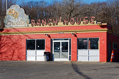 Carville's Ranch House (fotofish64) Tags: restaurant eatery carvillesranchhouse localinstitution landscape sign oldsign americana neonsign building brickstructure red color shadow fadedsign urban windsor connecticut hartfordcounty nostalgic outdoor winter statelinepotatochips pentax pentaxart kmount k70 hdpentaxda1685mmlens newengland southernnewengland