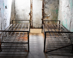 Two Bed Frames (fotophotow) Tags: easternstatepenitentiary philadelphia