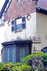 House On Greenway North (Joe Shlabotnik) Tags: foresthillsgardens 2019 foresthills queens halloween october2019 afnikkor50mmf14d