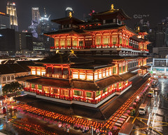 Brightly lighted For Lunar New Year - Buddha Tooth Relic Temple (terrywongyl) Tags: buddha tooth relic temple lighted chinese lunar spring festival new year singapore chinatown nightscape hdr city