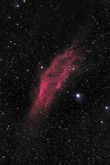 California Nebula (NGC 1499) & Menkib (Christoph Wenzel) Tags: nacht menkib sonyalpha6000 deutschland nebel rot ngc1499 thüringen kaliforniennebel sonysel70200mmf28gmaster sterne neuhausamrennweg deepsky dunkelheit ngc astro astrometrydotnet:id=nova3865608 astrometrydotnet:status=solved