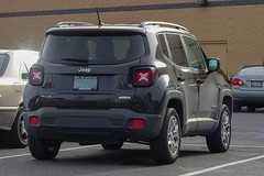 2017 Jeep Renegade (mlokren) Tags: 2020 car spotting photo photography photos pic picture pics pictures pacific northwest pnw pacnw oregon usa vehicle vehicles vehicular automobile automobiles automotive transportation outdoor outdoors mopar chrysler fca psa 2017 jeep renegade suv cuv crossover black