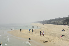 bush fire smoke in Seaford (_barb_) Tags: australia melbourne seaford bushfire smoke beach