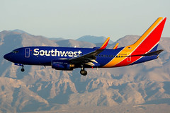 Southwest Airlines | Boeing 737-700 | N769SW | Las Vegas McCarran (Dennis HKG) Tags: aircraft airplane airport plane planespotting canon 7d lasvegas mccarran klas las southwest southwestairlines swa wn n769sw boeing 737 737700 boeing737 boeing737700