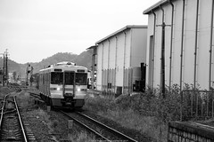 Japan Rail (Rick & Bart) Tags: 白川郷 shirakawago worldculturalheritagesite unesco japan nippon 日本 rickbart city landoftherisingsun rickvink canon eos70d kyoto jr train rails travel transport bw grayscale