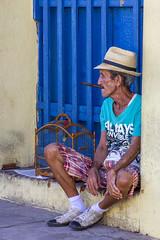 Fumeur de havane (Xtian du Gard) Tags: xtiandugard bleu blue portrait homme man fumeur havane cigare