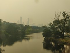By 5.40pm, the Melbourne skyline is just visible from the South Yarra Railway bridge about 4km away - Hazy day from bushfire smoke (avlxyz) Tags: smoke haze bushfire climatecrisis climatechange