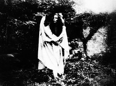 I am my own film noir (LaWendeltreppe) Tags: selfportrait b