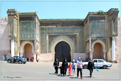 Place  El-Hédime© et Bab Mansour el-Eulj (philippedaniele) Tags: maroc meknes médina enceinte muraille porte bab « place elhédime »babmansoureleuij