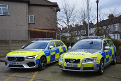 New and Old (S11 AUN) Tags: london volvo 4x4 police hybrid metropolitan interceptor t8 v90 anpr car traffic vehicle roads emergency d5 unit 999 v70 rpu metpolice policing anprinterceptor kx68nju opvenice venice scorpion operation bu12aon