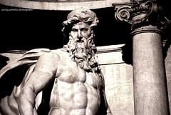 TREVI (Ecinquantotto (+ 1.890.000 views !!! GRAZIE) Tags: architettura architecture art arte acqua colori d3000 fontane fountain italia italy marmo nikon rome roma reflex statue water