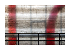 ligne[s] rouge[s] (godelieve b) Tags: bruxelles kanaal redline barriere fence fenêtre abstractreality interlignes lignes