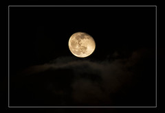 2020-01-12 Goodnight, moon! (Mary Wardell) Tags: moon sky night unexpected beauty canon80d