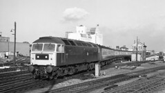 Class 47 leaving Cambridge 1981. (flashbangmilly) Tags: 47017 cambridge liverpool cl47 1981 br kings lynn