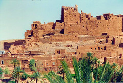 Marocco 1993 - Kasbah between Ouarzazate and Marrakech (Eric Reynaud) Tags: argentique film analogcamera maroc marocco pentaxmef