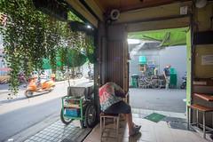 (kuuan) Tags: tokinaf3517mm 17mm tokina mf manualfocus tokinarmc tokinarmcf3517mm a7 sonya7 ilce7 sony saigon cafe street architecture hcmc vietnam coffeeshop sleeping