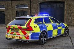 KX68 NJU (S11 AUN) Tags: london metropolitan police volvo v90 t8 hybrid 4x4 anpr interceptor traffic car roads policing unit rpu 999 emergency vehicle metpolice kx68nju