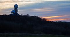 Berlin Grunewald (Helmut44) Tags: deutschland germany berlin grunewald teufelsberg berg militär abhörstation flugüberwachung kalterkrieg ruine kuppel antennenkuppel nsa himmel sonnenuntergang sunset evening sunsetglow